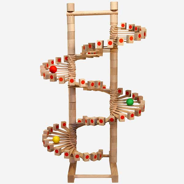 Kuličková dráha - dřevěný tobogán
